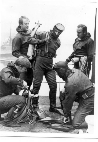 Underwater section officers undergoing training at Gloucester Docks 1966. (Gloucestershire Police Archives URN 218)