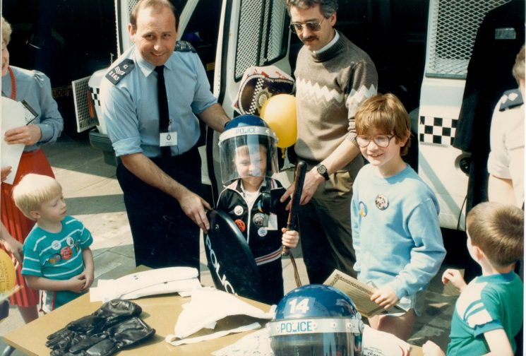 Cheltenham police open day Police Support Unit Demonstration with Police Sergeant Tim Wood. (Gloucestershire Police Archives URN 453)