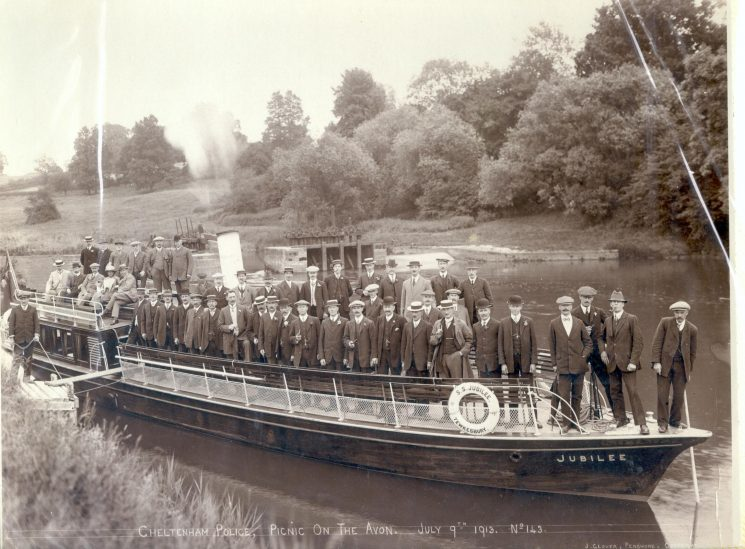Cheltenham Police picnic on the  Avon on board Steam Ship Jubilee  July 1913. (Gloucestershire Police Archives URN 74)