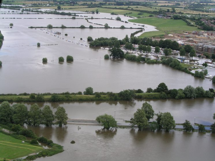 Floods 2007. (Gloucestershire Police Archives URN 2492)