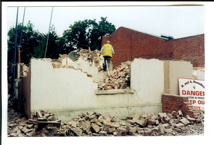 Demolition of 25 Cromwell Street. (Gloucestershire Police Archive URN 1538)