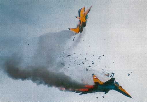Royal international Air Tattoo Fairford July 1993 Russian Mig Aircraft – Both pilots escaped without injury (Gloucestershire Police Archives URN 2395)
