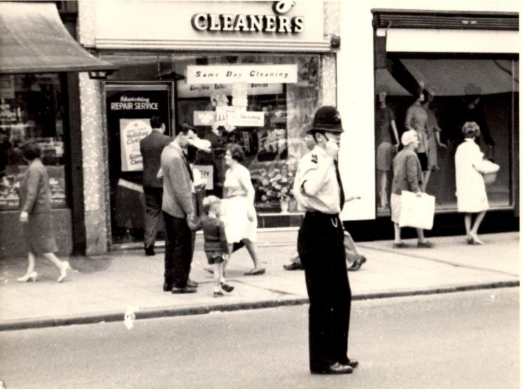 Police Constable Chris Phillips on point duty at the junction of High Street and Pitville Street Cheltenham. (Gloucestershire Police Archives URN 2126) | Photograph from Pete Kilbey