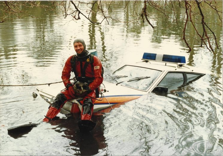 More property retrieved from Pittville Lake, this time by Police Constable Dave Stalker. (Gloucestershire Police Archives URN 2212) | Photograph from Martyn Hillier