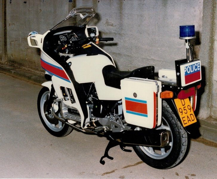 The very first Gloucestershire BMW K100, literally fresh out of the crate. (Gloucestershire Police Archives URN 112) | Photograph from Martyn Hillier