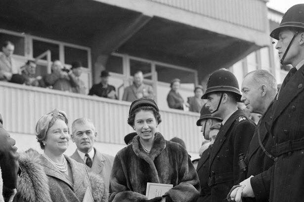 Her Majesty the Queen and Her Majesty the Queen Mother at Cheltenham Races. (Gloucestershire Police Archives URN 2253)   Photograph from Martyn Hillier