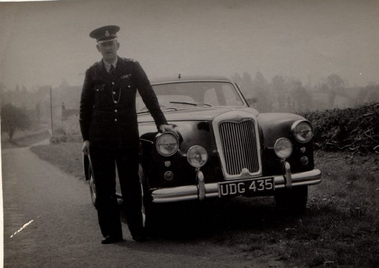 Dave Stevens with Riley Pathfinder patrol car UDG 435 around 1955 (Gloucestershire Police Archives URN 1937-3) | Photograph from Graham Stevens