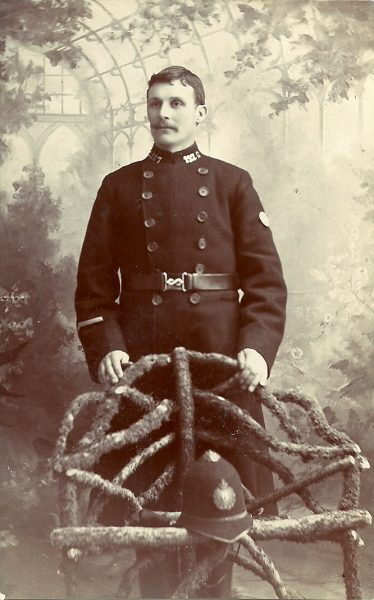Police Constable 127 Josiah Buffin. (Gloucestershire Police Archives URN 2665)