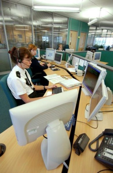Force control room 28th June 2004. (Gloucestershire Police Archives URN 2634)