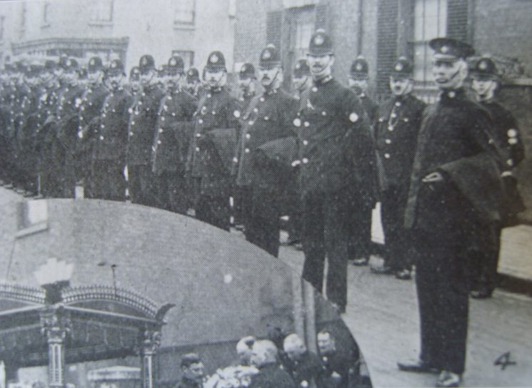 Insp Benjamin Butt and his men, in Faulkner St, Glos, at the funeral of Nehemiah Philpott (ex-Deputy Chief Constable ) 04 March 1914. (Gloucestershire Police Archives URN 2623)
