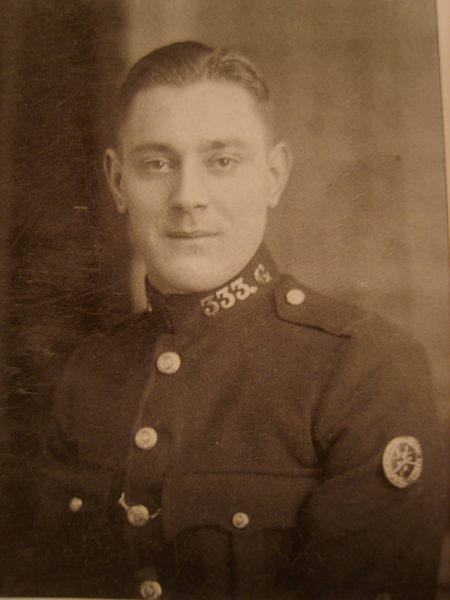 Police Constable 333 Alf Reeve. (Gloucestershire Police Archives URN 2644)