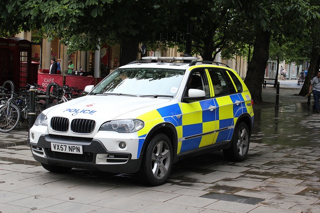 BMW X5 in Cheltenham (Gloucestershire Police Archives URN 3672)