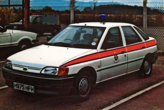 Ford Escort General Purpose Vehicle 1990 (Gloucestershire Police Archives URN 3687)