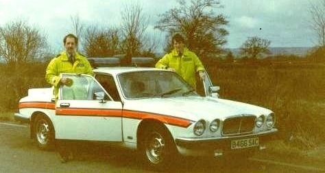 A Jaguar XJ6 on test by Gloucestershire, Simon Mills and Pete Walker in 1984 (Gloucestershire Police Archives URN 6064) | Photograph from Simon Mills