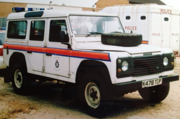 Long Wheel Base Landrover Defender Operations Department 1993. (Gloucestershire Police Archives URN 3706)