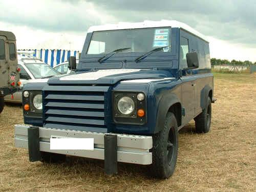 Armoured Landrover Defender (Gloucestershire Police Archives URN 3707)
