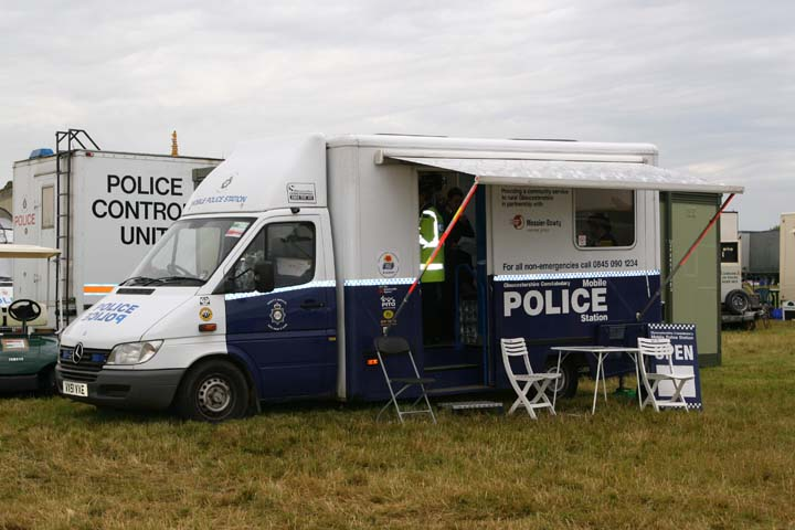 Mercedes Mobile Police Station at Royal International Air Tattoo Fairford 2002 (Gloucestershire Police Archives URN 3712 )