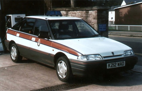 Rover 214 Response Vehicle Lydney 1992. (Gloucestershire Police Archives URN  3735)