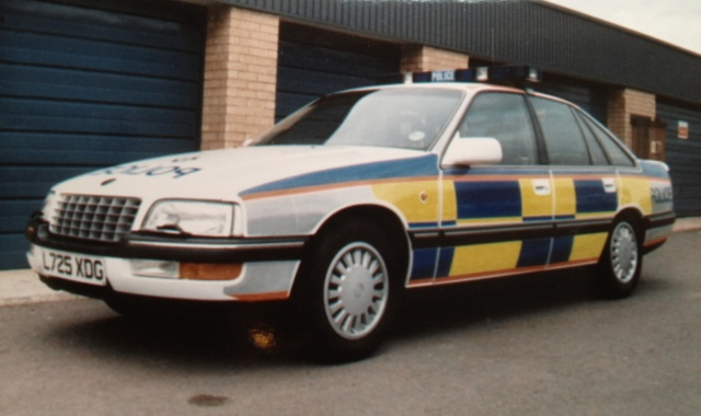 Vauxhall Senator, Motorway patrol car 1993. This was the first used with battenburg livery in the United Kingdom. (Gloucestershire Police Archives URN 3748)