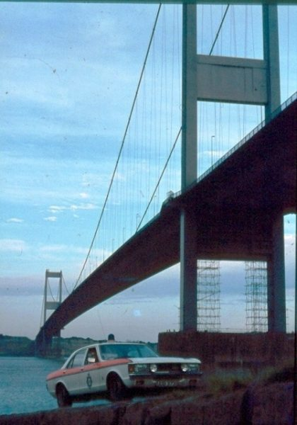 Ford Granada at the Severn Bridge. (Gloucestershire Police Archives URN 6062)