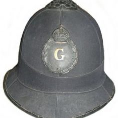 Early helmet with black helmet plate 1902-1936 (Gloucestershire Police Archives URN 6115)