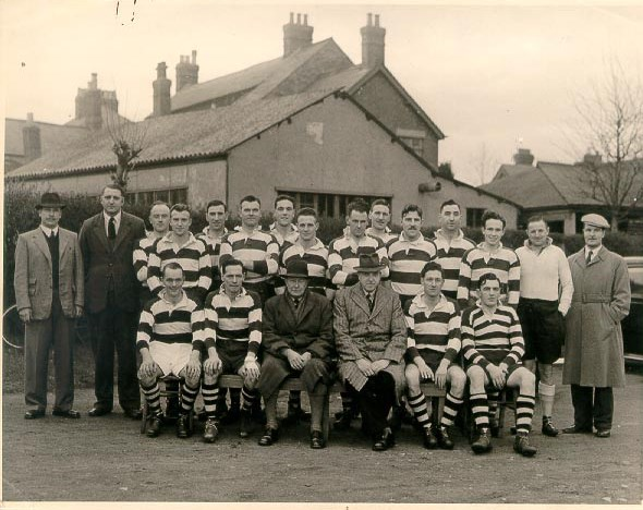 Gloucestershire Constabulary Rugby Football Team late 1940s. Standing left to right  Fred Harris, Don Anderson, unknown, Police Constables Cyril Thomas; Reg Mathews, Cam Willett;   Jim Hopkins;  Ken Wakefield;  Alan Smith, Peter Blake;  Bill Rowlands.  Reg Townsend;   Cyril Clarke;  unknown; Don Trapp. Front row left to right  - Gordon Shellswell;  Harry Gribble;  Colonel Henn , A H Carter, Frank Coombes; Jack Watkins. (Gloucestershire Police Archives URN 1126)