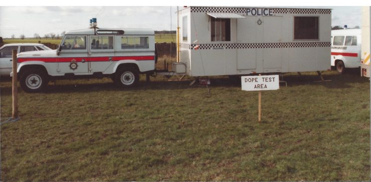 Land rover and caravan at Andoversford Point to Point Mid 80s. (Gloucestershire Police Archives URN 7826) | Photograph from Chris Jones