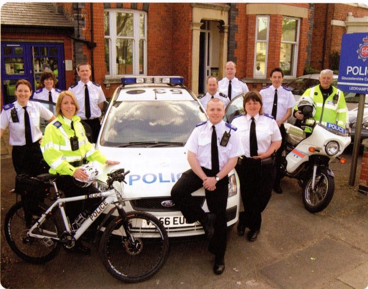 Leckhampton Safer Community Team 2007. (Gloucestershire Police Archives URN 8368)