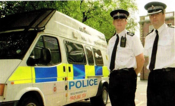 Chris Thorley and Nigel Avron with Penalty Notice Vehicle 2006. (Gloucestershire Police Archives URN 8386)