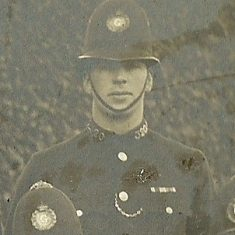 Police Constable 320 Frank Grinnell. (Gloucestershire Police Archives URN 8575)