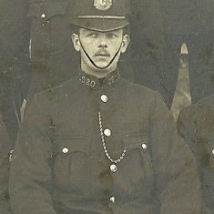 Police Constable 220 Henry Lane. (Gloucestershire Police Archives URN 8626)