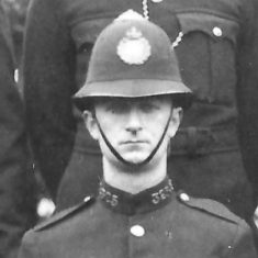 Police Constable 325. (Gloucestershire Police Archives URN 9292)