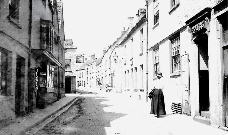 Minchinhampton police station at around 1900. (Gloucestershire Police Archives URN 9424)