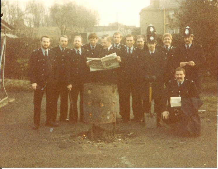 Officers on duty in Nottinghamshire during the Miners Strike. (Gloucestershire Police Archives URN 976-1)