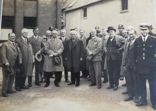 This visit took place in September 1928 where David Lloyd George addressed a large crowd in the playground of the Grammar School. Superintendent Goulder on the right of the photograph. (Gloucestershire Police Archives 10037)