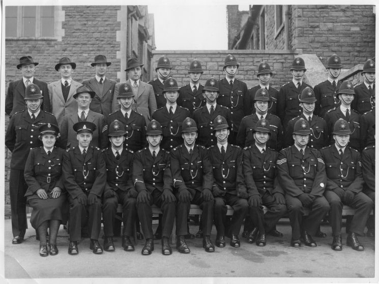 Logged as 1946 but this would probably be between 1950 and 1952. Sergeant Dobbs retired from Filton in 1952. Woman Police Constable  Brimble, far left, joined the constabulary in 1947. Open collar tunics were summer wear for Sergeants and Police Constables between 1950 and 1954 when they became full time wear.(Gloucestershire Police Archives URN 10473)