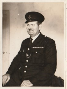 Police Constable 43 Newman. This photograph was taken as he neared retirement. (Gloucestershire Police Archives URN 10740) | Photograph from Jenifer Hone