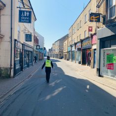 Foot patrol Cricklade Street Cirencester April 2020. (Gloucestershire Police Archives URN 10773-3)